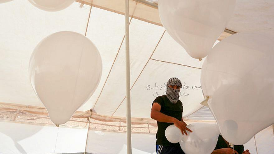 Válaszcsapást mért Izrael a Hamászra a palesztin terror-léggömbök miatt