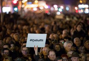 Több ezren tüntettek Franciaországban az antiszemitizmus ellen