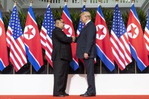 Trump-Kim csúcstalálkozó: nem jutott megállapodásra a két vezető