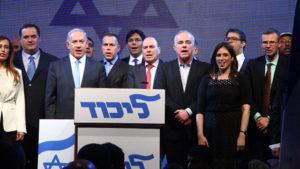 Netanjahu riválisai miatt ejtette Putyint