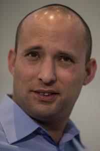 Bennett szerint Netanjahu palesztin államról egyezett meg Trumppal