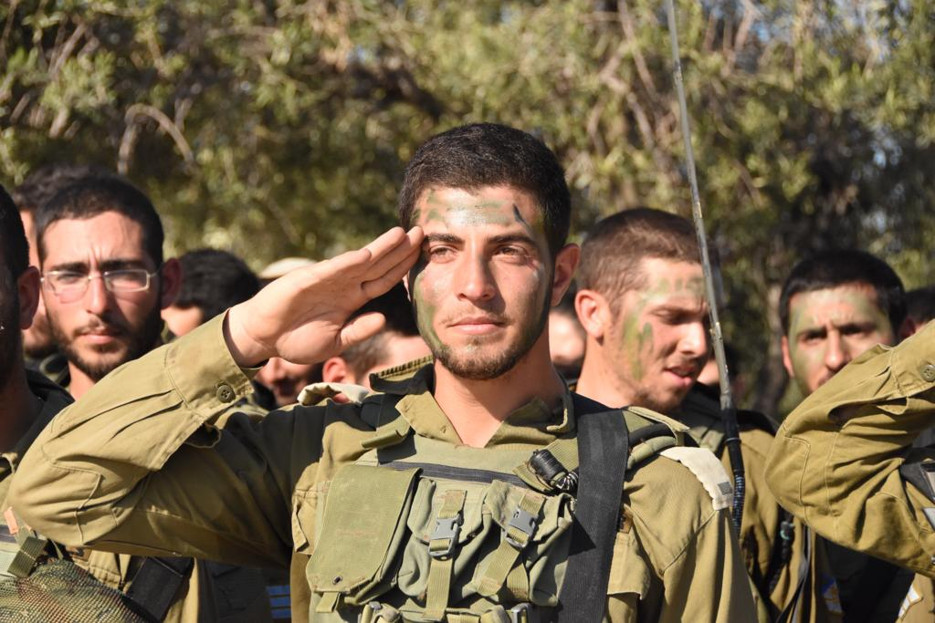Két hónappal rövidült a férfiak kötelező katonai szolgálata Izraelben