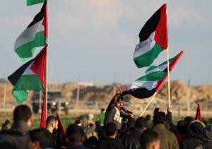 Izrael levonja a terroristák fizetését a palesztinoknak járó segélyből