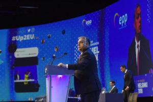 Itt a vége: a Fidesz nem néppártosodik tovább