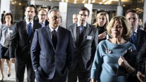 A Fidesz közös megegyezéssel felfüggeszti tagságát az Európai Néppártban