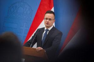Szijjártó kiállt a magyar vétó mellett Izrael ügyében
