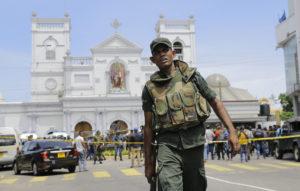 Helyi iszlamista terrorcsoport felelős a Srí Lanka-i robbantásokért