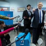 Trump külön tárgyal Netanjahuval és Ganzcal a béketervről