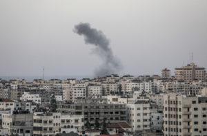 Palesztin területen csapódott be a Hamász újabb rakétája