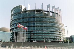 EU: Törökországnak le kell állítania Szíriában folytatott hadműveletét