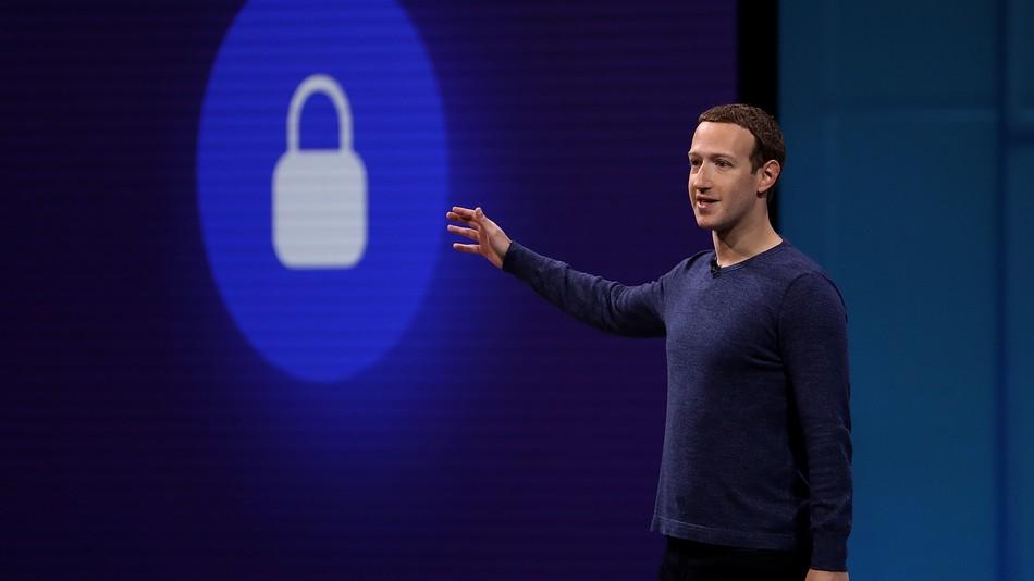 Óriáscégek bojkottálják a Facebookot