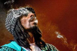 Snoop Dogg kiállt egy antiszemita hitszónok mellett