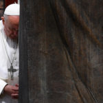 Ománi-öböl — Ferenc pápa nyugalomra int