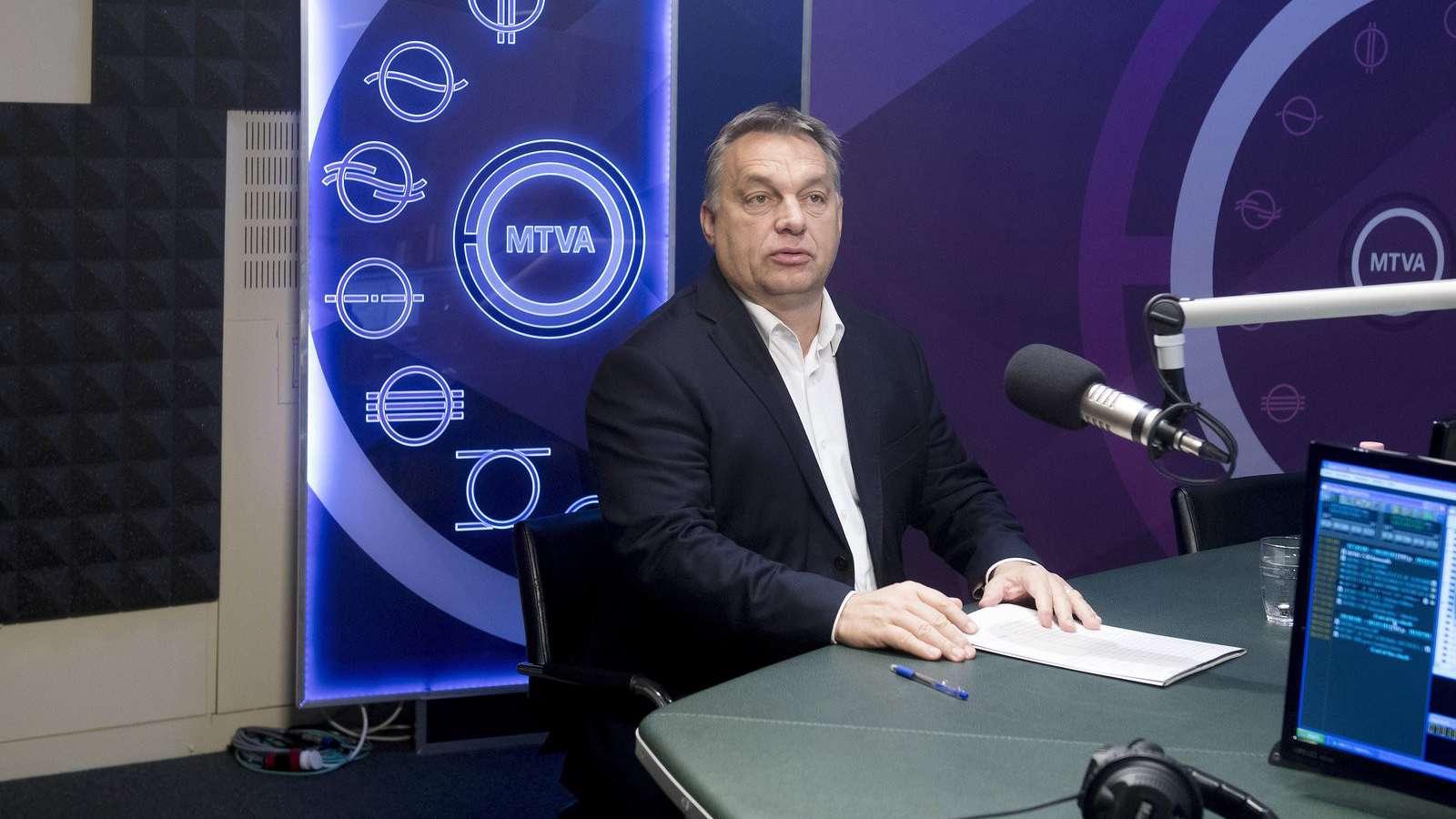 """Orbán: """"bizonyos bírói ítéletekből kiolvashatók háttérhatalmi szervezkedések"""""""