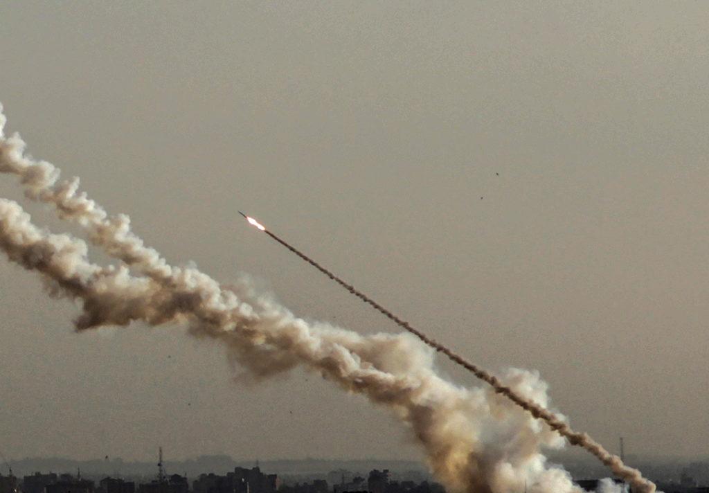 150 rakétát lőttek ki ma Izraelre
