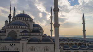 Törökország: halálos lövöldözés a választásokon