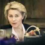 Von der Leyen: meg kell hallgatni a magyarokat és a lengyeleket