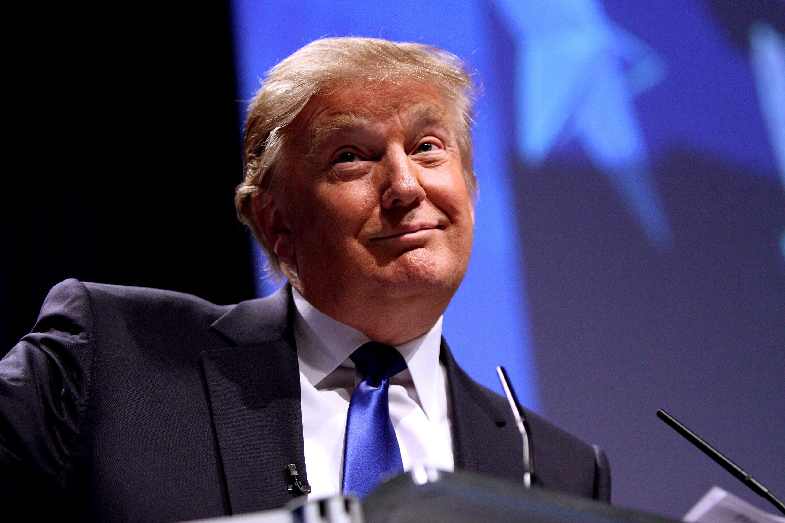 Hat minnesotai demokrata polgármester Trump újraválasztását támogatja