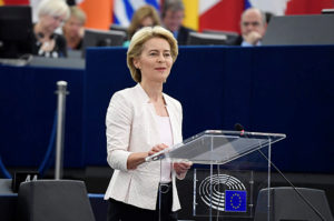 """Von der Leyen: új """"Marshall-terv"""" kell a válságba süllyedt EU megerősítéséhez"""