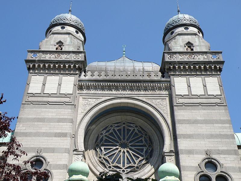 800px-Antwerpen_Synagoge_Bouwmeestersstraat7