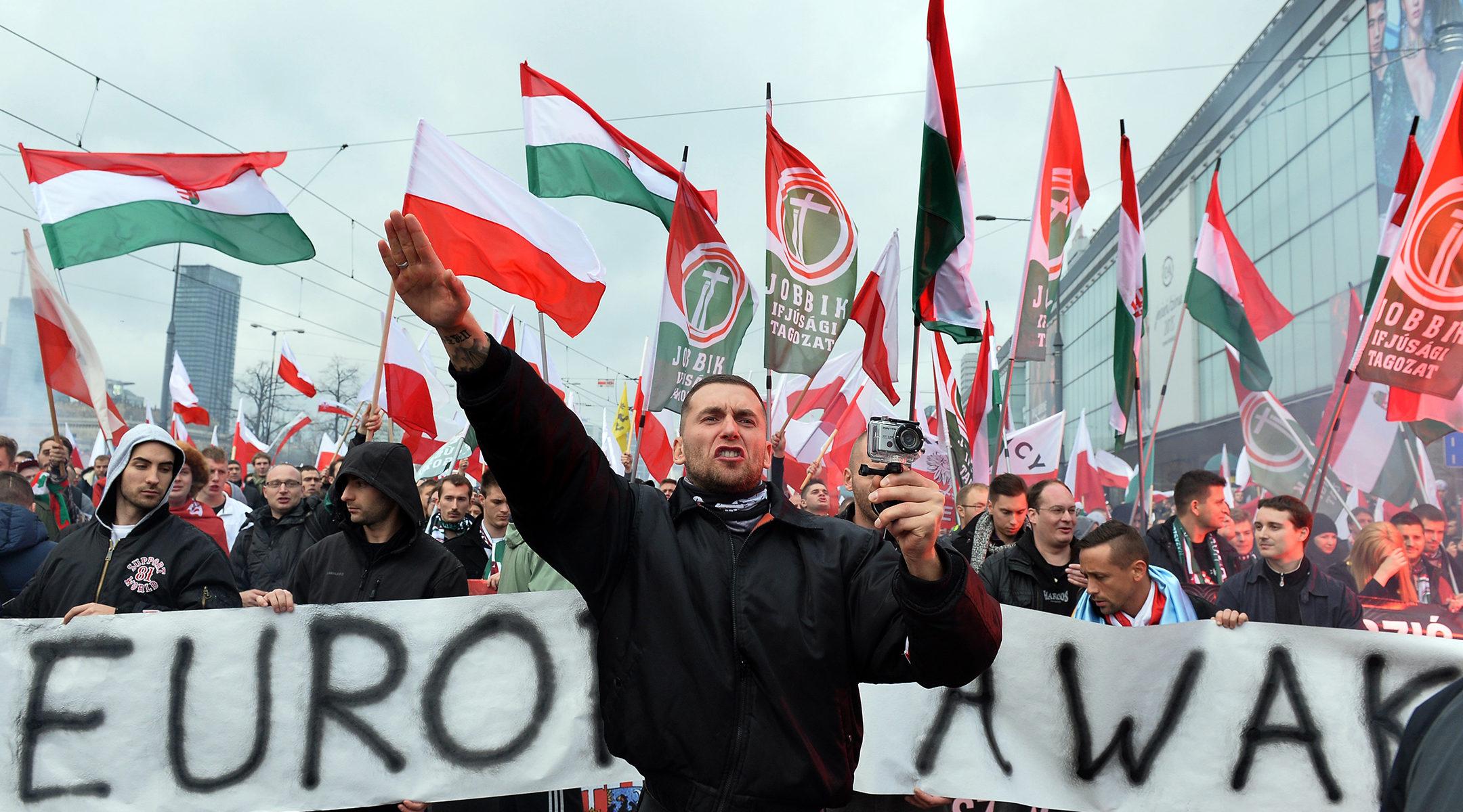 A baloldal és a Jobbik szövetségének ellentmondásairól cikkezik a JTA