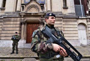 Húsvéti kristályéjszaka, avagy a 2002-es francia kampány elfeledett fejezete