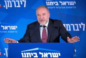 Hitlerezésig fajult a pártok harca Izraelben