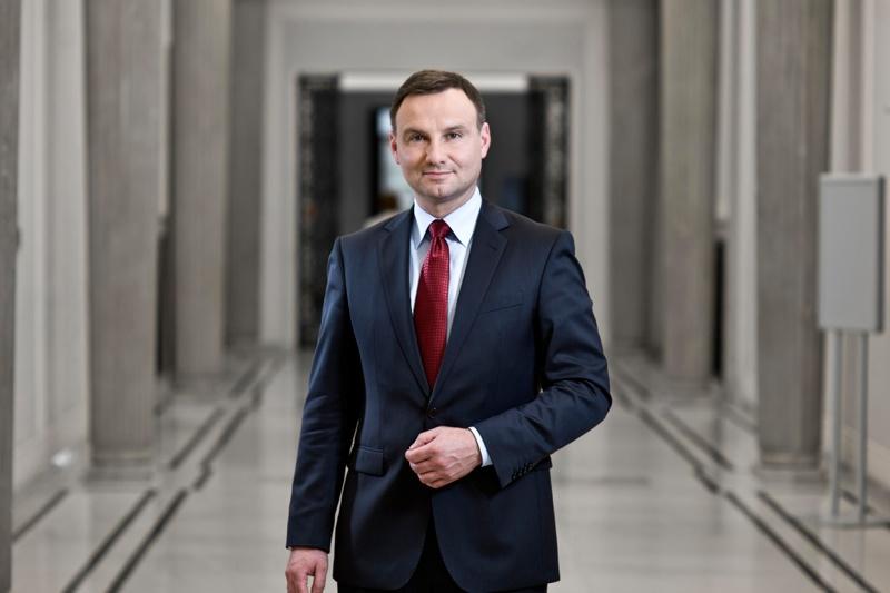 Több amerikai katonáért lobbizik a lengyel elnök Trumpnál