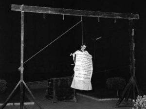 A mártír kémlegenda özvegye kiakadt a Moszadra