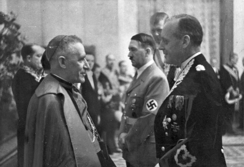 Hamarosan kutathatóvá válnak a Vatikán holokauszt alatti titkos dokumentumai