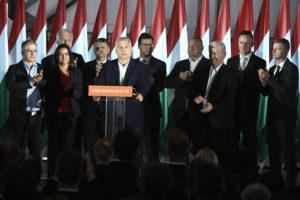Bloomberg: Orbán az orgia-videó miatt bukta el Budapestet