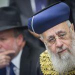 Szefárd rabbik vallásos egységkormányért könyörögnek a makacskodó Lapidnak és Libermannak