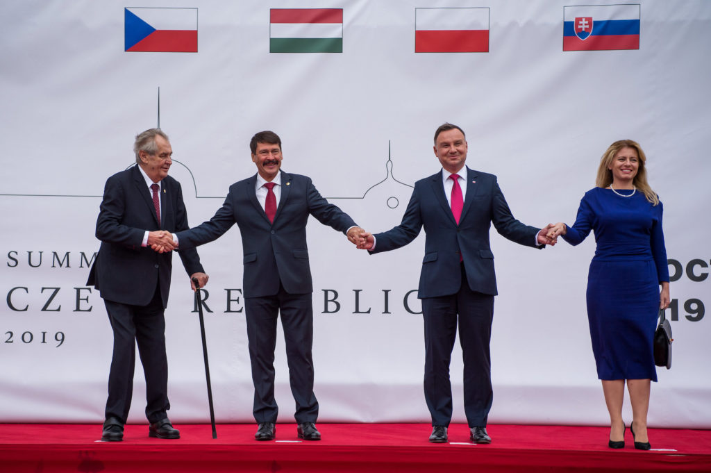 Visegrádi csúcs: Prágában tanácskoznak a V4-ek államfői