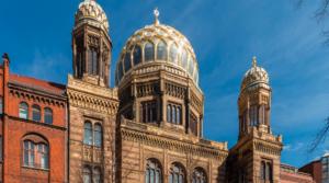 Késes muszlimot állítottak meg egy berlini zsinagógában