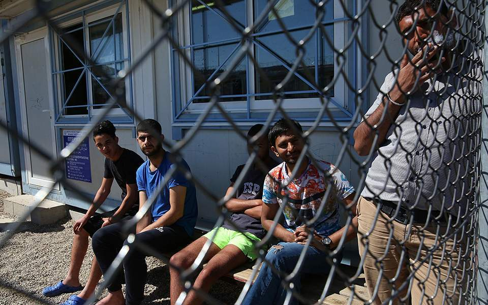 Európa bezárkózik a menekülő afgánok elől