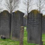 Többmillió dollárral támogatja Hollandia a zsidó temetők helyreállítását