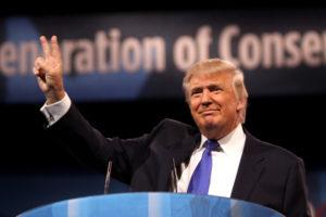 Trump nem zsarolta az ukránokat — vallották az első tanúk