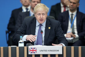 Új bevándorlási törvényt és büntetőjogi szigorítást ígérnek a brit konzervatívok az első száz napra