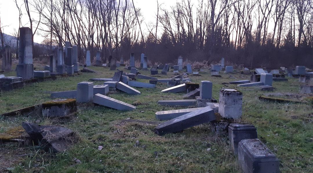 Újabb zsidó temetőt rongáltak meg Szlovákiában