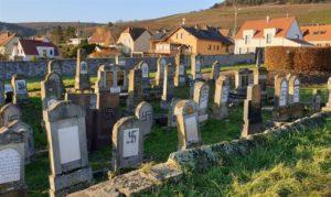 Meggyaláztak egy zsidótemetőt Franciaországban