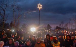 Norvégiában lecserélnék a Dávid-csillagos karácsonyi dekorációt