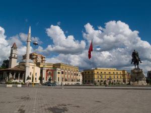 Albánia veszi magának a bátorságot