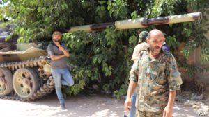 Kísérletet tesznek a tűzszünet megkötésére a líbiai konfliktusban szemben álló felek
