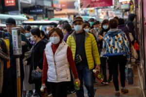 Koronavírus: újabb 98 halott, de lecsengőben a járvány?