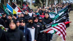 """A Hegyvidéki Önkormányzat náci demonstrációtól tart a """"becsület napján"""""""