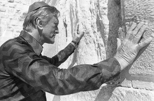 103 éves korában távozott Kirk Douglas