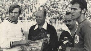 """Mi köze az izraeli nagykövetnek a történelmet író """"futballhuligánokhoz""""?"""