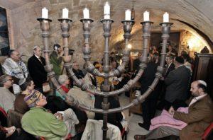 Túléléséért küzd a spanyol zsidó közösség