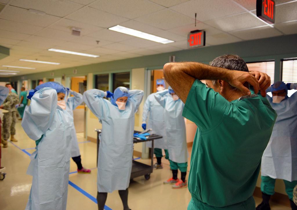 Izraeliek képezik ki a palesztin orvosokat a járvány kezelésére