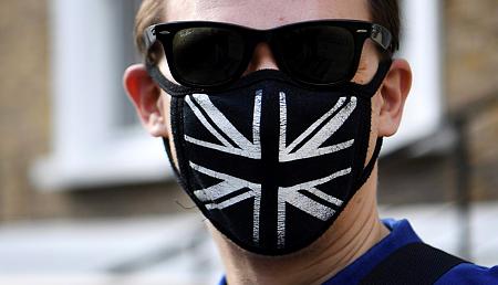 Koronavírus: minden ötödik brit szimpatizál antiszemita összeesküvés-elméletekkel
